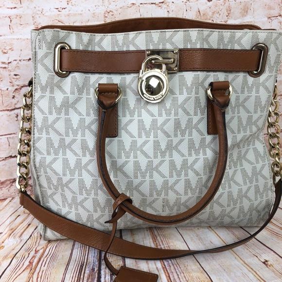 a4f19d4c81e24f Michael Kors Bags | Womens Hamilton Large Logo Tote Top | Poshmark